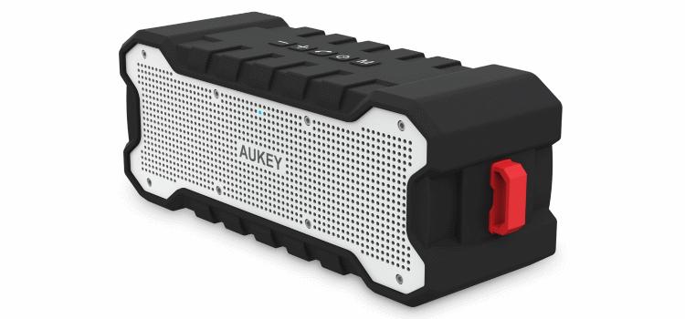Outdoor-Bluetooth-Lautsprecher AUKEY SK-M12 im Test